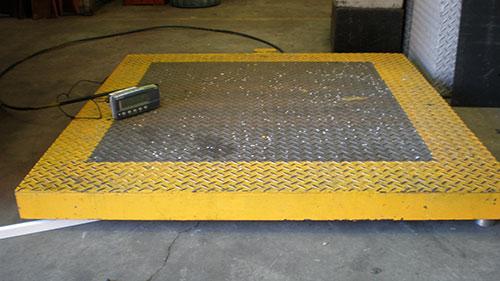 A 3,000kg capacity pallet scale