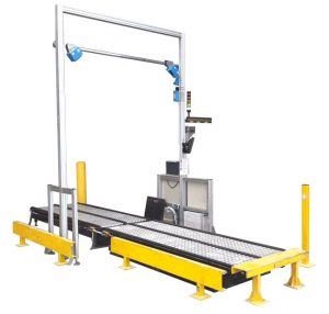 Dynamic dimensioning system for pallets
