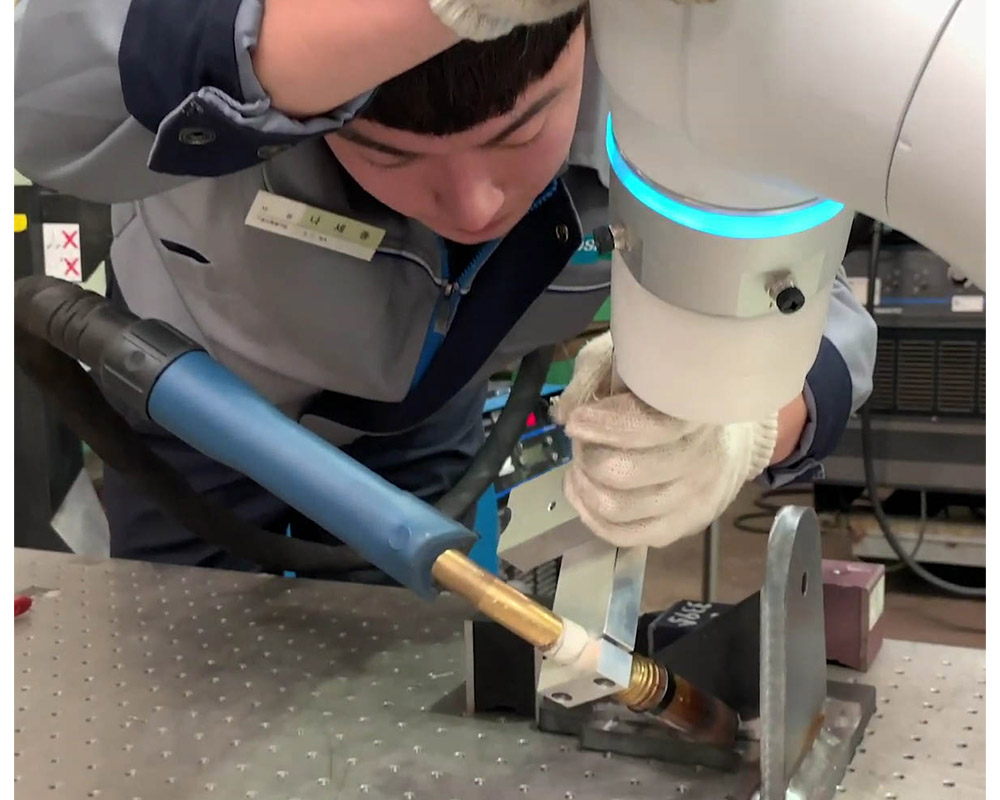 Cobots welding collaborative