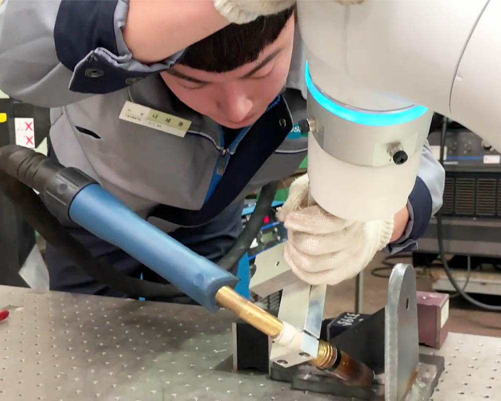 Cobot welding application